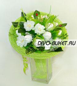 """Букет из конфет №646 """"Белые тюльпаны"""""""